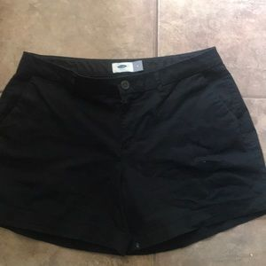 "Black Old Navy 5"" short"